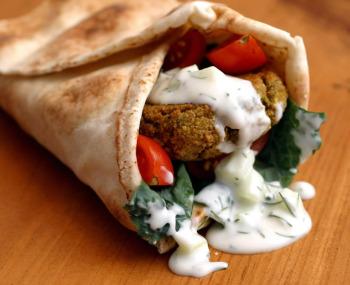 Falafel wrap Vegan